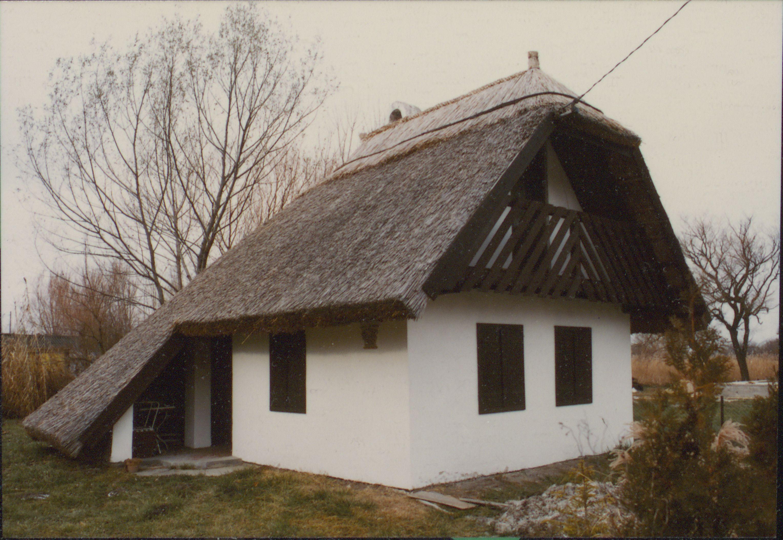 Balatonmária Nádtetős nyaralóházak
